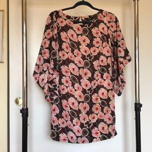 Adorable ark&co. floral shirt!!